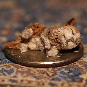 1/12th dolls house kitten